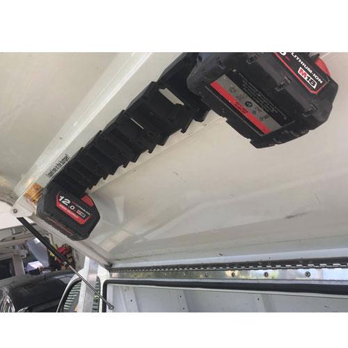 Milwaukee 18V battery holder mount