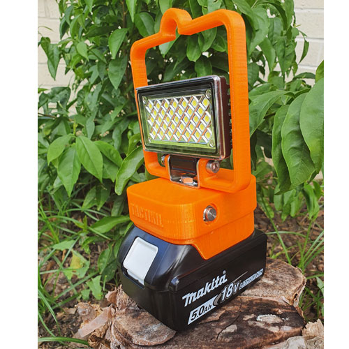Makita LED 18V Cordless Jobsite Worklight W/ USB | 726 Lumens